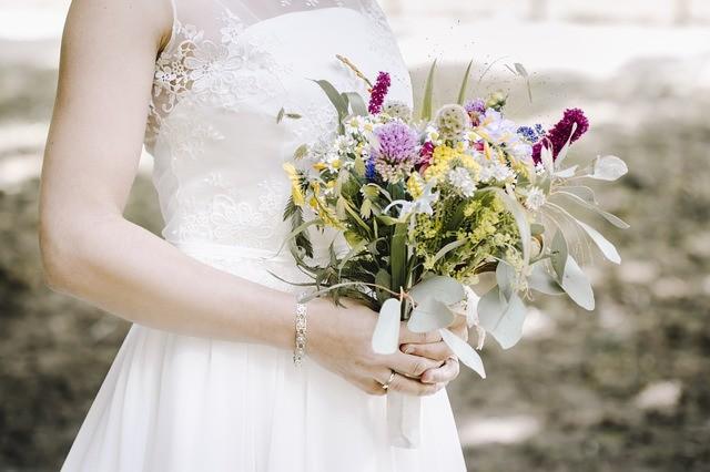 Qual è il momento migliore per comprare l'abito da sposa?