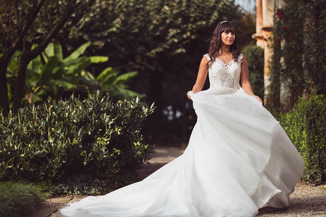5 motivi per scegliere abiti da sposa economici