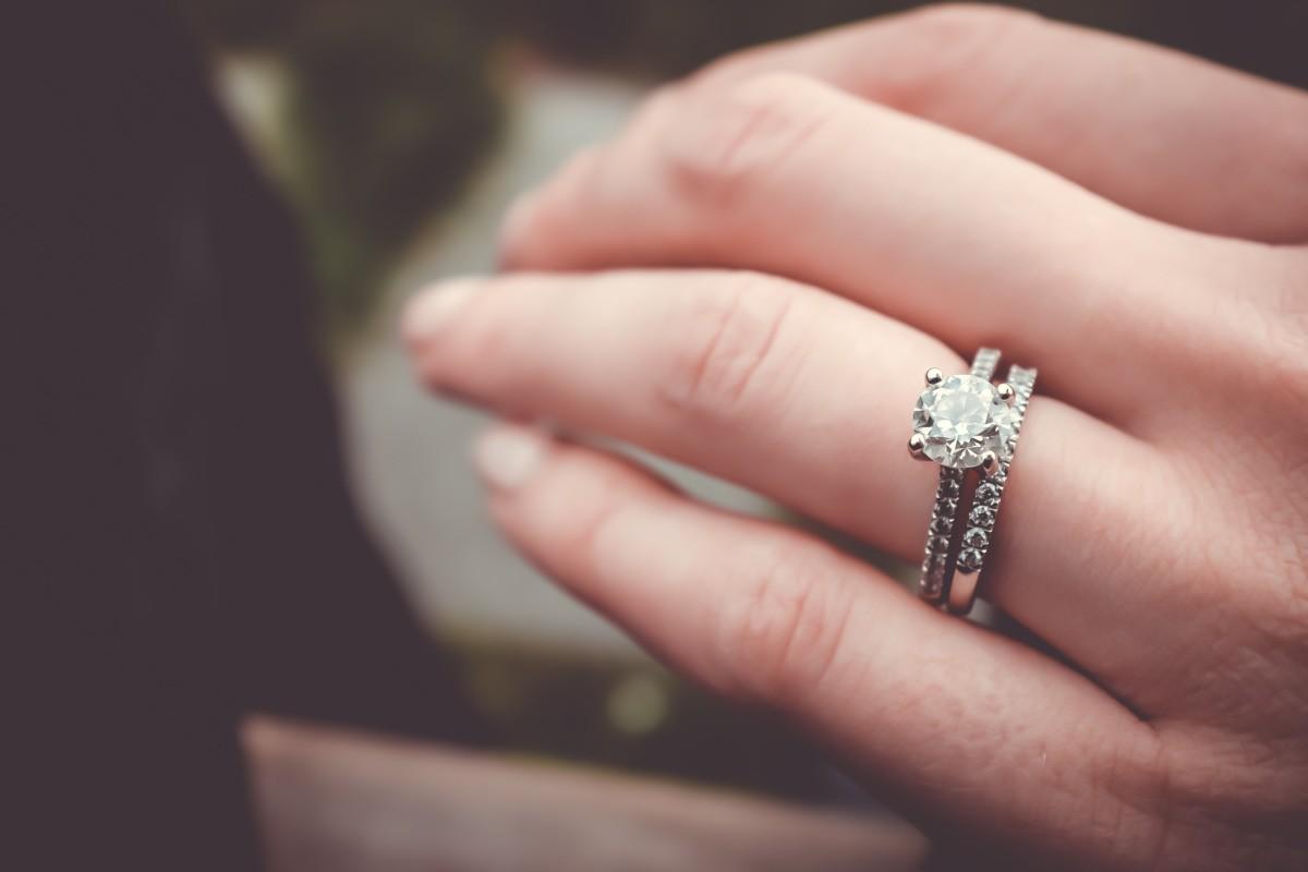 Manicure sposa: unghie perfette per il sì