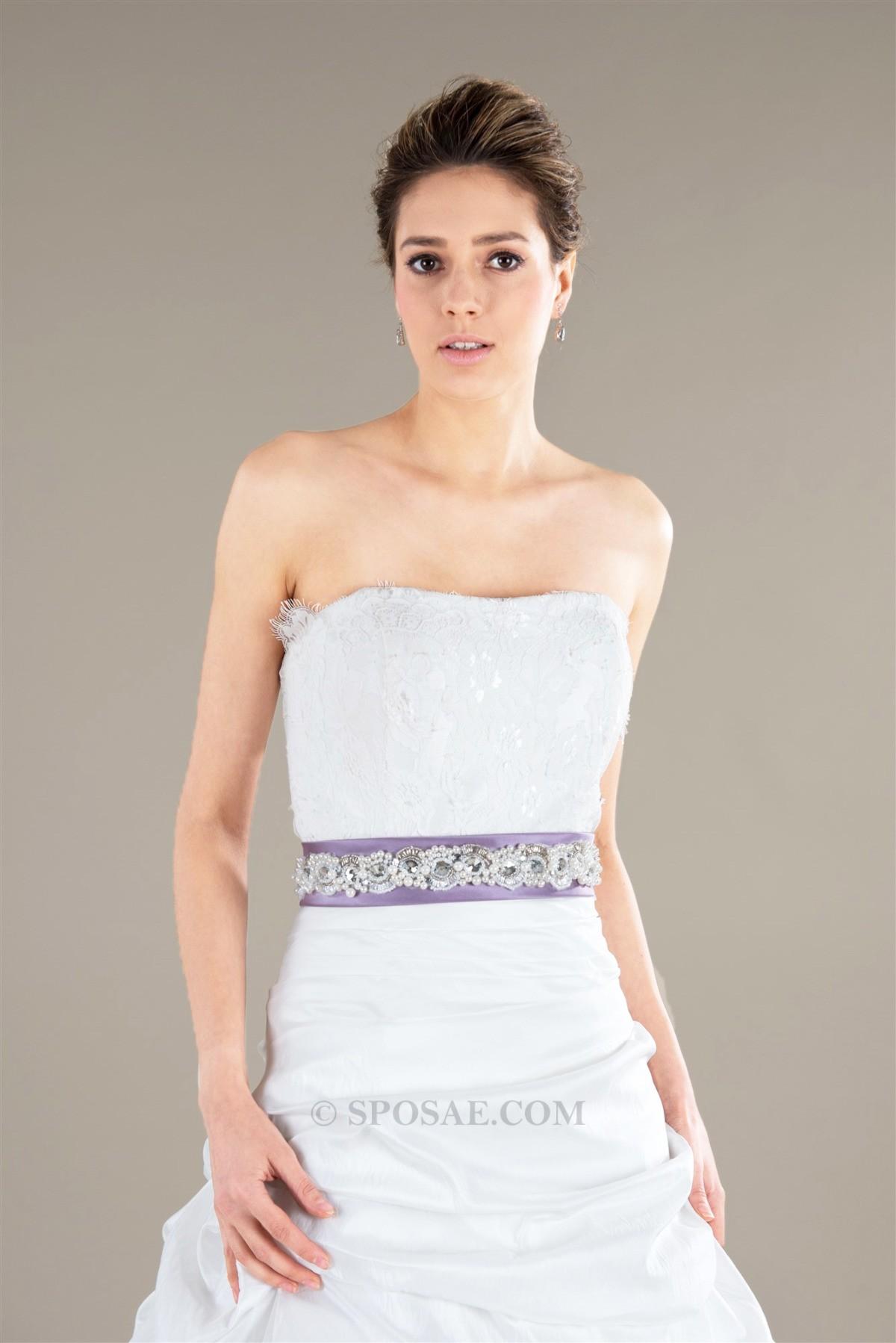 L'abito da sposa per sembrare più magra e più alta