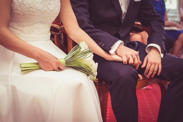 Galateo matrimonio: le nuove regole