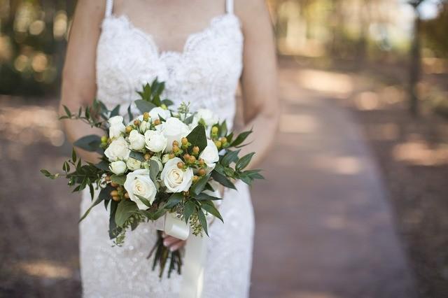 Come personalizzare il vestito da sposa