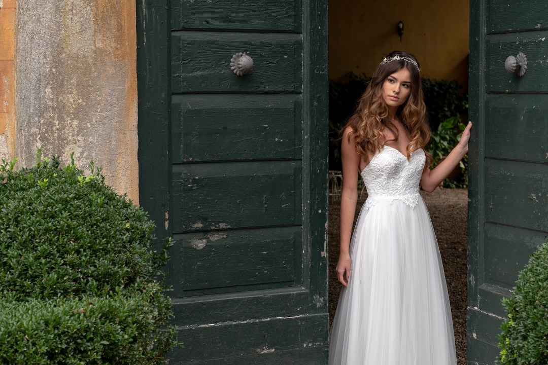 Scollatura dell'abito da sposa: tipologie e consigli