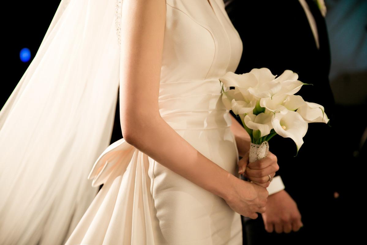 Il portamento della sposa: come indossare bene l'abito
