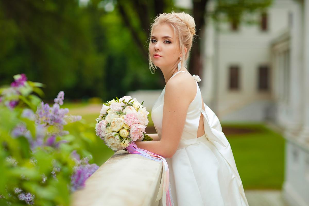 """L'abito da sposa giusto per il fisico """"a rettangolo"""""""