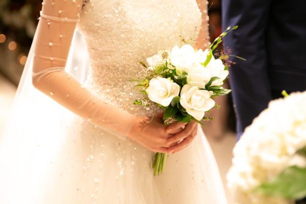 Abiti da sposa economici: consigli per la scelta