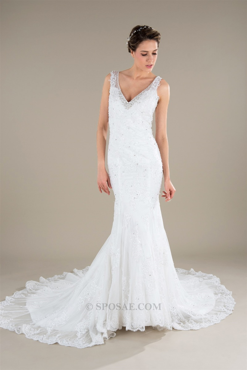 34e8f1eef0c3 Le ultime tendenze della moda hanno proposto materiali fino a qualche anno  fa poco utilizzati per gli abiti da sposa